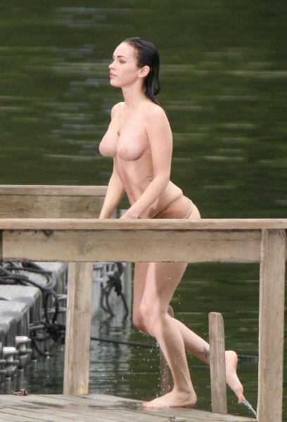 пикантное фото голая грудь