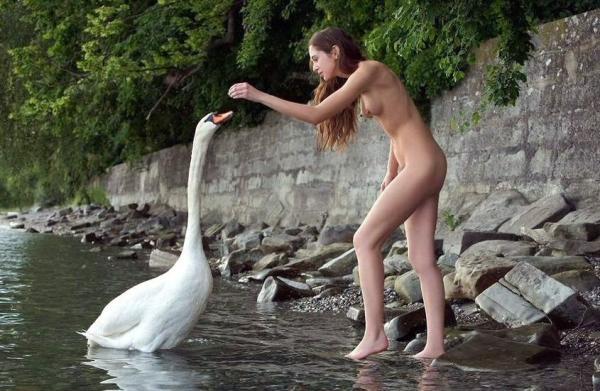 Swan & Girl